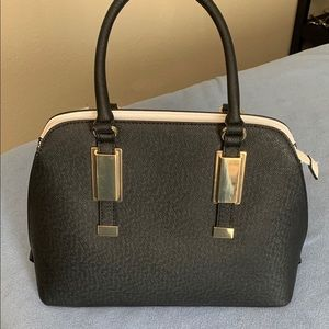 Aldo dome bag in black and white